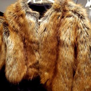 Fabulous Faux Fox Fur 3/4 Sleeve